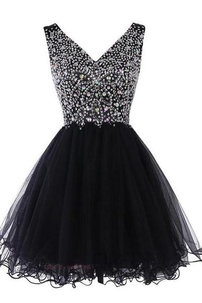 A-line V-neck Sleeveless Tulle Short Mini Crystal Detailing Homecoming Dresses