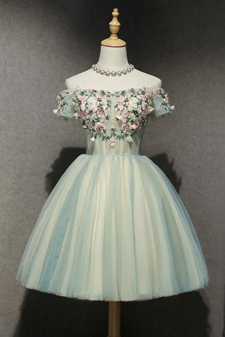 Light Green Short A-Line Appliques Lace Lace-Up Homecoming Dresses