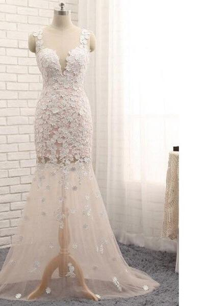 Trumpet/Mermaid Scoop Neck Tulle Sweep Train Appliques Lace New Style White Long Prom Dresses