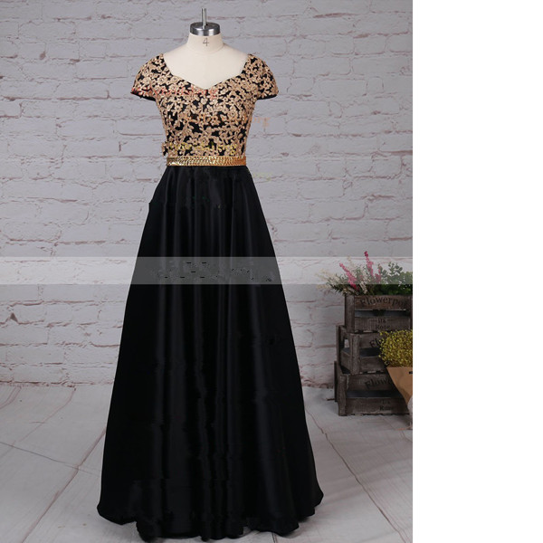 Princess V-Neck Satin Floor-Length Appliques Lace Black Long Prom Dresses